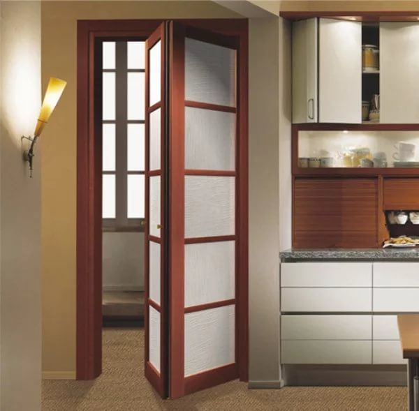 Как да изберем сгъваема врата