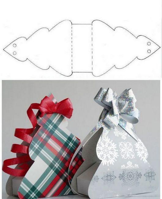Модел на Новогодишната опаковка под формата на коледно дърво от хартия