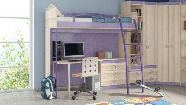 Детско креватче с работна площ
