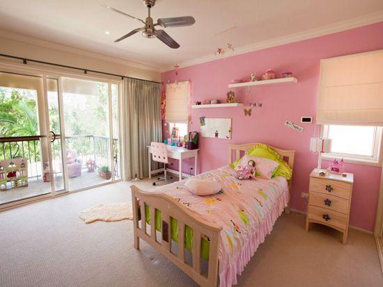 Дизайн на детска стая с балкон