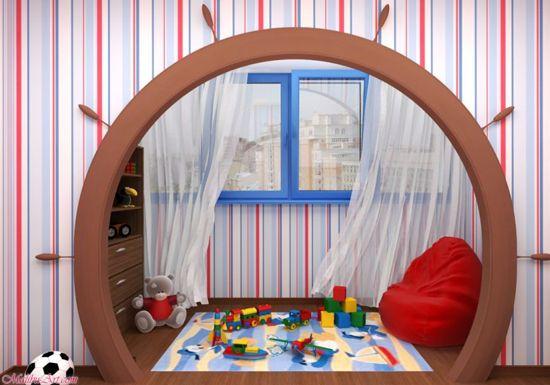 Играйте на балкона в детската стая