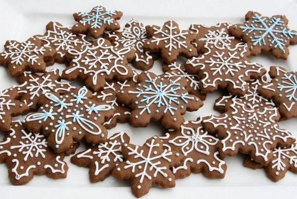 Коледни бисквитки с глазура