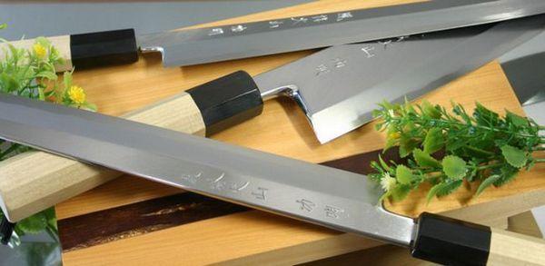 Японски ножове за рязане на зеленчуци и зеленчуци
