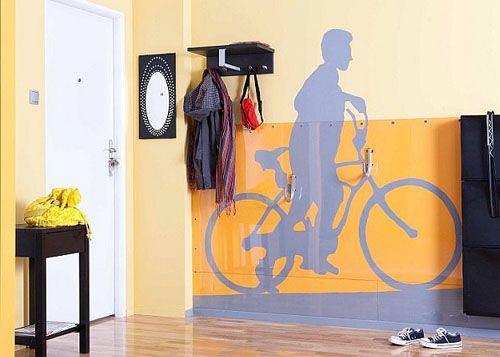 Как да въведете велосипед в интериора
