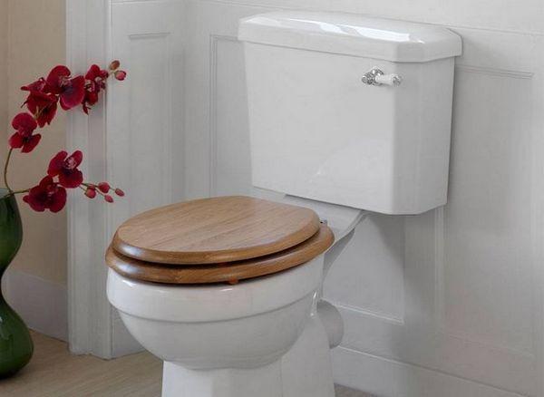 Тоалетна седалка от дърво