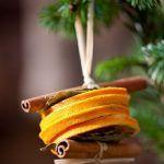Снимка 38: Естествена играчка от портокали и канела