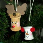 Снимка 27: Нова година играчки от бобини за конци