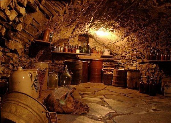 Как да направите вентилация в мазето