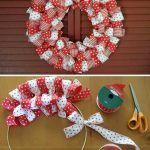 Снимка 22: Коледна венец от панделки в два цвята