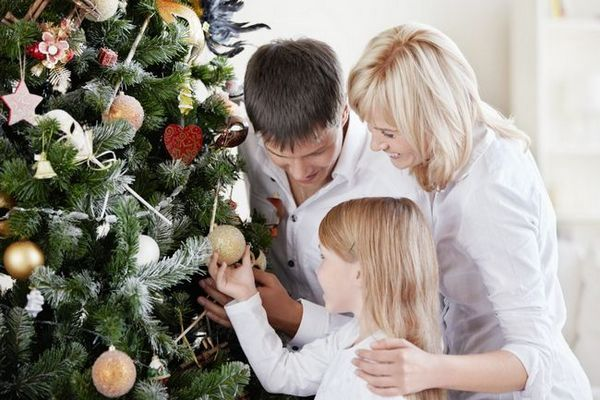 Коледно дърво украса за цялото семейство