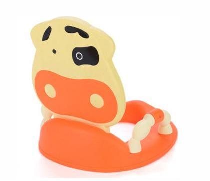 Ярка покривка на седалката във формата на играчка