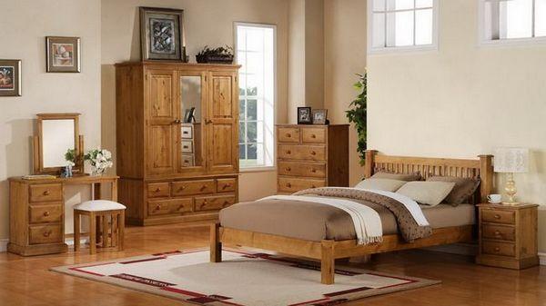 Дървени мебели