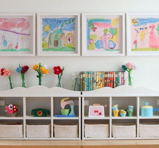 В малка детска стая е удобно да имате много места за съхранение