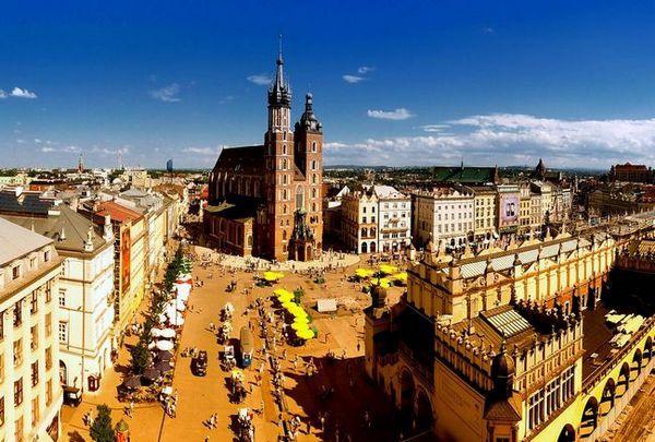 Честване на 8 март в Полша