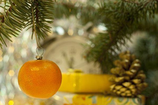 Декорация на коледната елха с мандарини