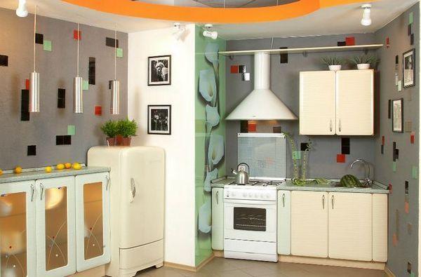 Тапети в кухнята под плочките