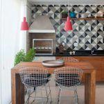 Снимка 60: Геометрична тапет в кухнята