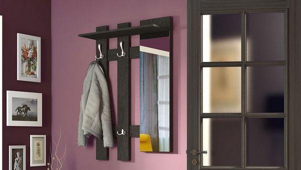Разнообразие от закачалки и избор на закачалка за стена с рафт в коридора