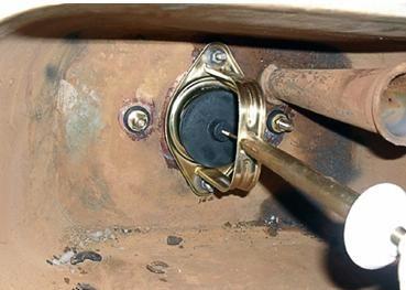 Уплътнения за фиксиране на болтовете на резервоара за източване