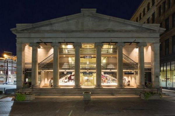 Най-старият супермаркет в Америка сега разполага с 48 очарователни апартамента от икономична класа