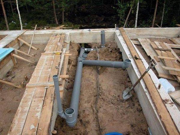 Изграждане на изисквания за подобряване на наклона на канализационната система с 1 метър