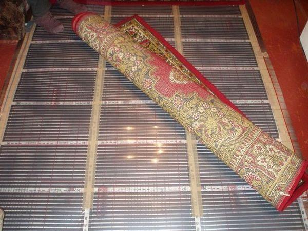 Удобната инсталация на подовата настилка е едно от предимствата на дизайна