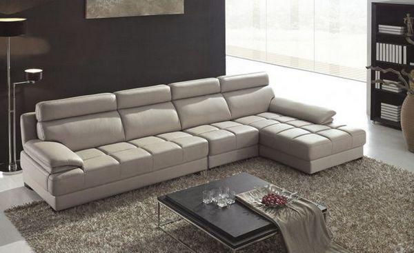 Комбинацията от диван в интериора