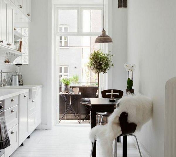 Кухненски дизайн 12 кв. М. м с балкон
