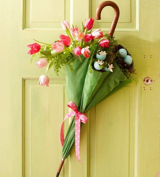 как да украсите предната врата през пролетта