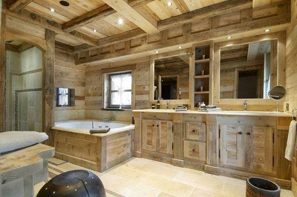 Баня в дървена къща