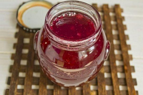 Червеното френско грозде се бърка с прости и бързи рецепти