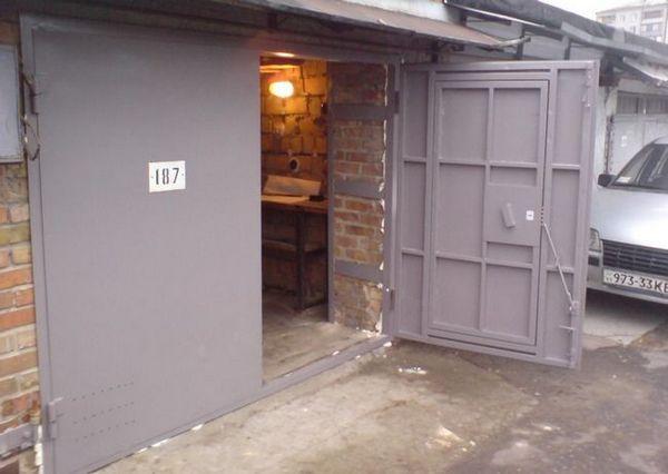 Порти за гараж със собствени ръце