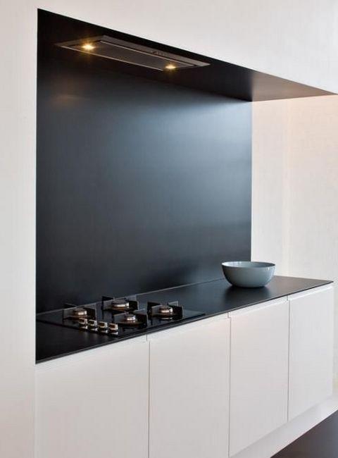 Вградена кухня в минималистичен стил