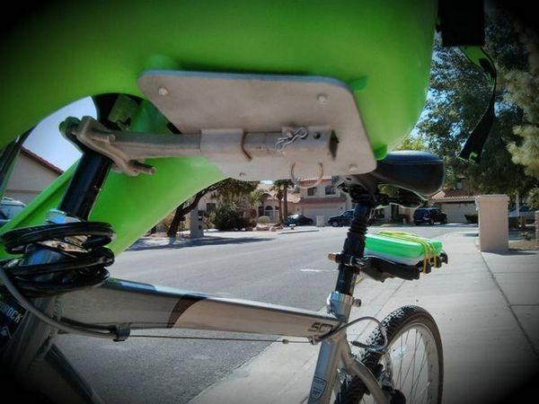 Монтиране на фотьойл на велосипед