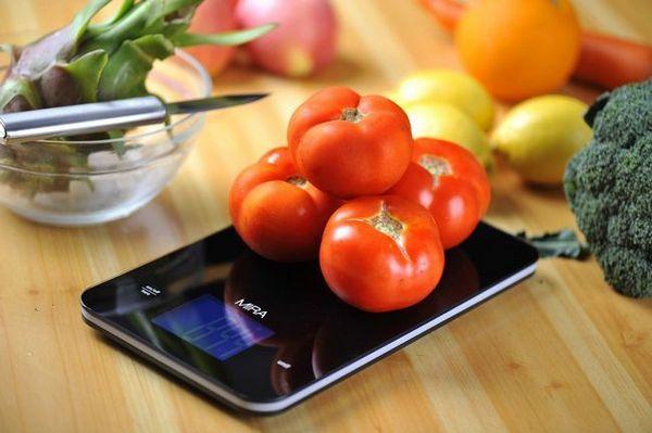 Избираме практични електронни везни в кухнята