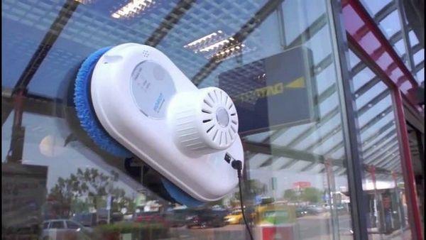 Изберете робот за измиване на прозорци