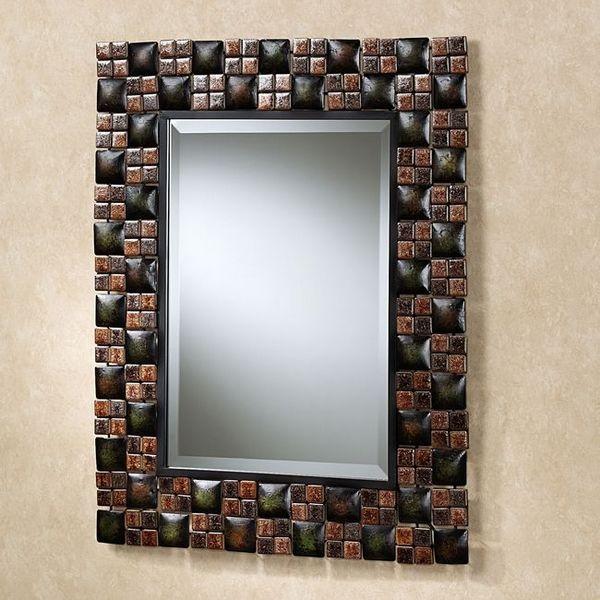 Огледало с декорация