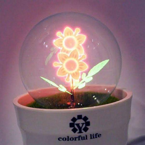 Лампа под формата на цвете
