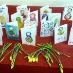 Снимка 35: Картички и цветя за момичета на 8 март