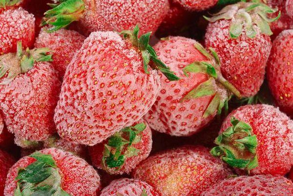 Подготовка на ягоди за зимата чрез замразяване
