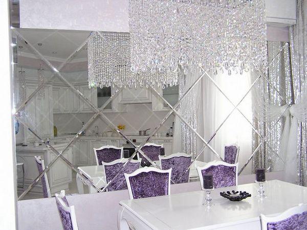 Огледални плочки във вътрешността на вашия апартамент