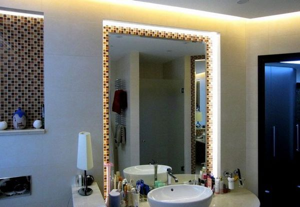 Как да монтираме огледало със задно осветяване