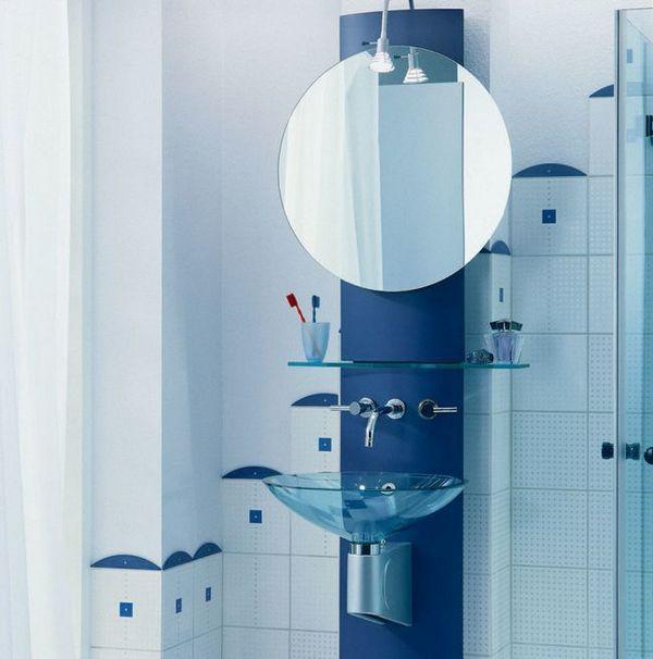баня огледало с рафтове