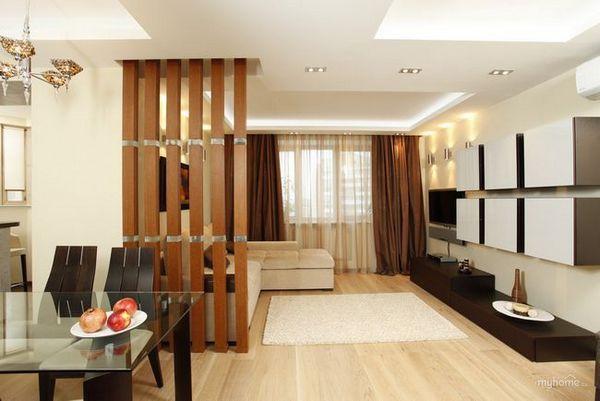 Помещението в стаята в хола и спалнята е удобно и стилно